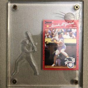 1990 Mark McGwire Baseball Card